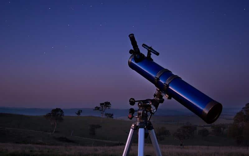 Astronomie en Auvergne | Élément Terre - © Ryan Wick-Flickr - téléscope